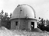Picture relating to Mount Stromlo Observatory - titled 'Thirty Inch Reynolds Reflecting Telescope, Mount Stromlo Observatory.'