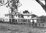 Picture relating to Adelaide Avenue - titled 'Prime Minister's Lodge with Pergola on western side. Adelaide Avenue, Deakin.'