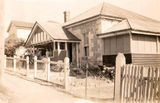 Picture of / about 'Windsor' Queensland - Windsor Maud st house front -  another view 1940's