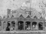 Picture relating to Ipswich - titled 'Large residence at Ipswich, ca. 1864'