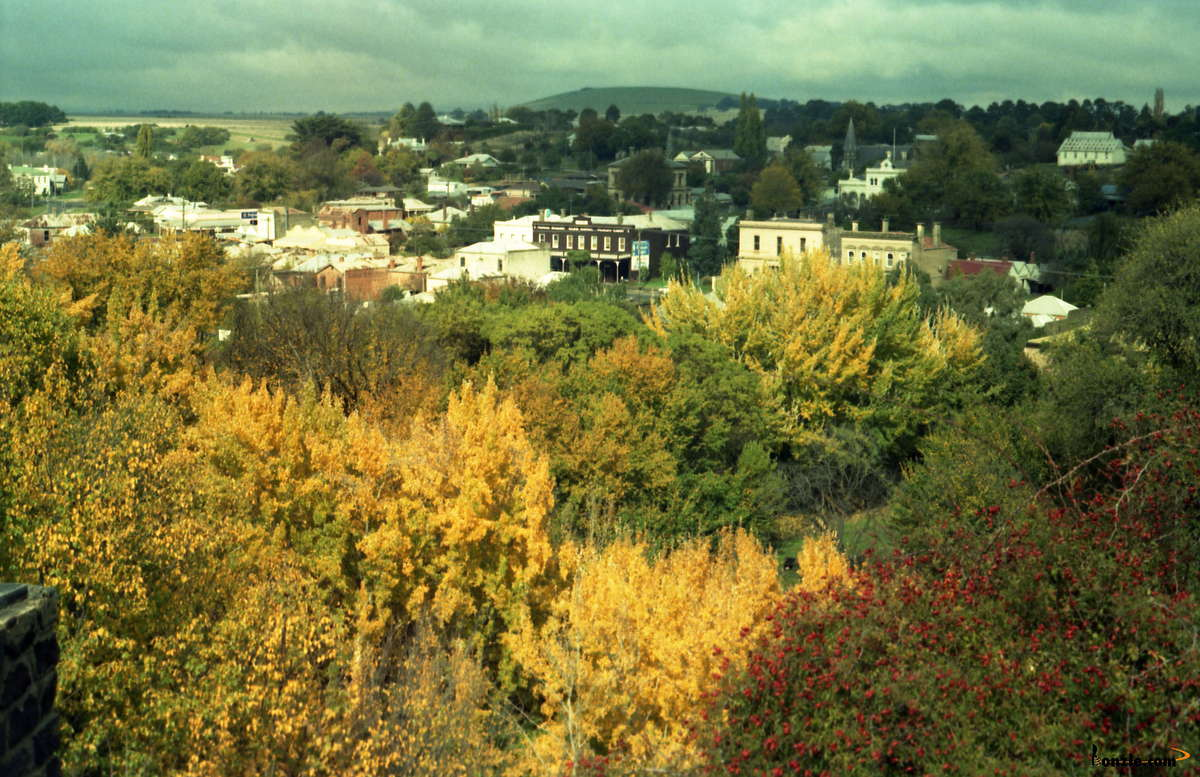 Picture of / about 'Clunes' Victoria - Autumn at Clunes