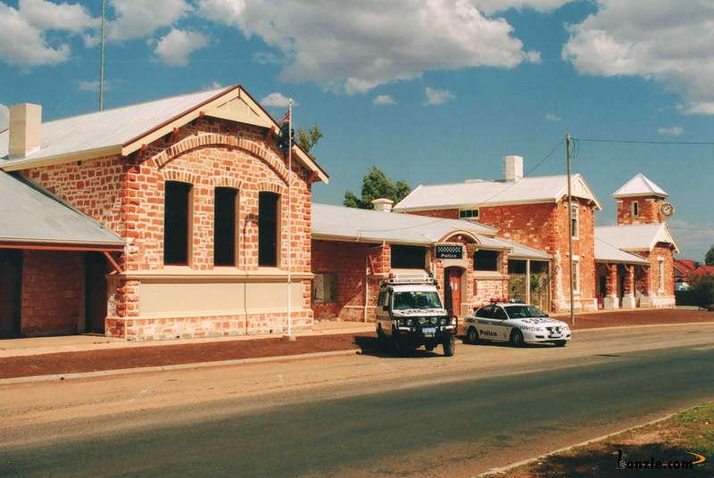 Cue Historic Buildings - WA  Th43k