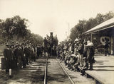 Picture relating to Wallumbilla - titled 'Recruiting train at Wallumbilla Railway Station, ca. 1915'